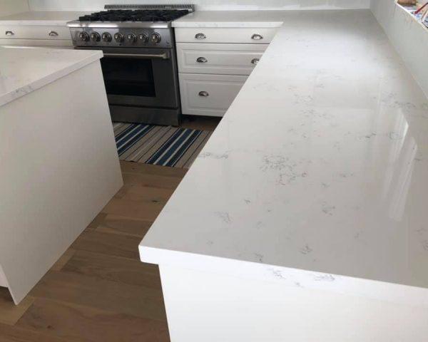 White_countertop_table