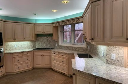 White_kitchen_countertop