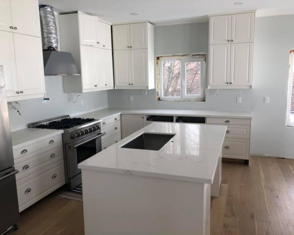 all_white_kitchen_and_countertop