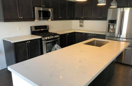 big_white_granite_rectangle_countertop