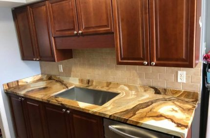 brown_marble_kitchen_countertop