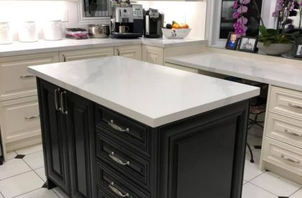 white_granite_countertop_table_center