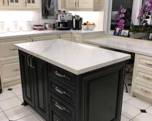 white_granite_countertop_table_center
