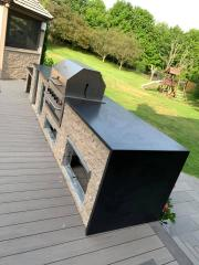 Countertop-grillside