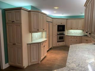 Kitchen white countertops