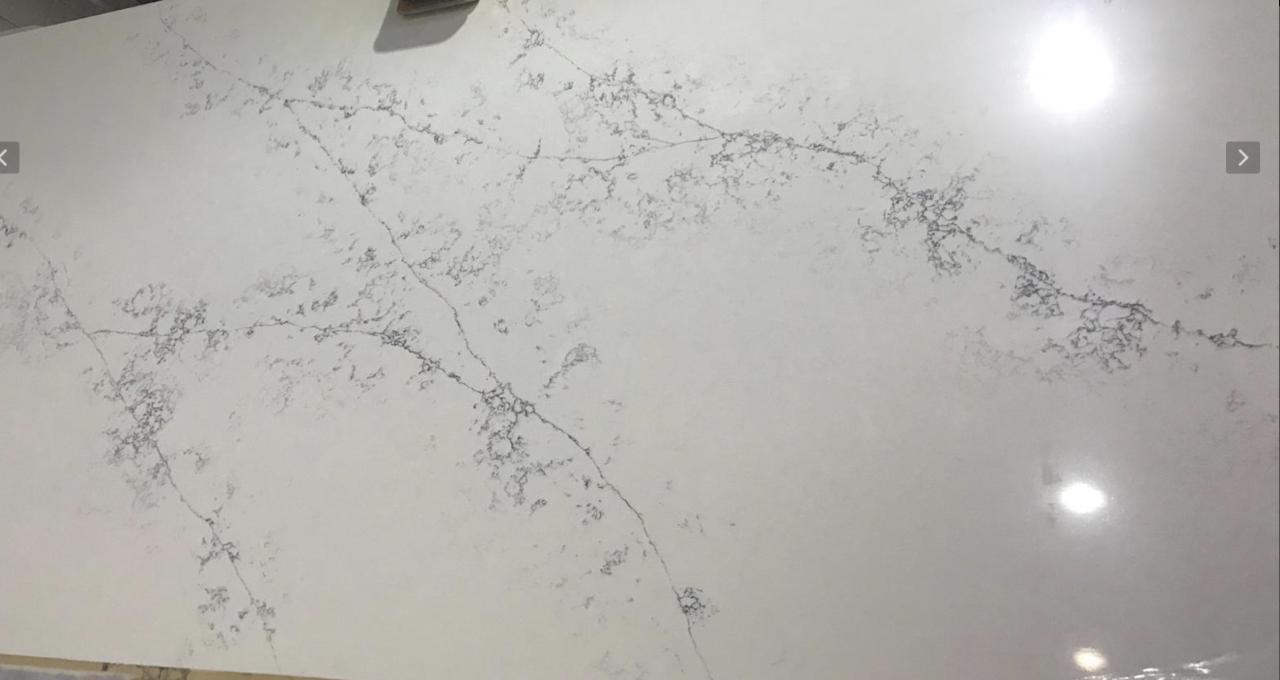 LQ4164 - White Blossom